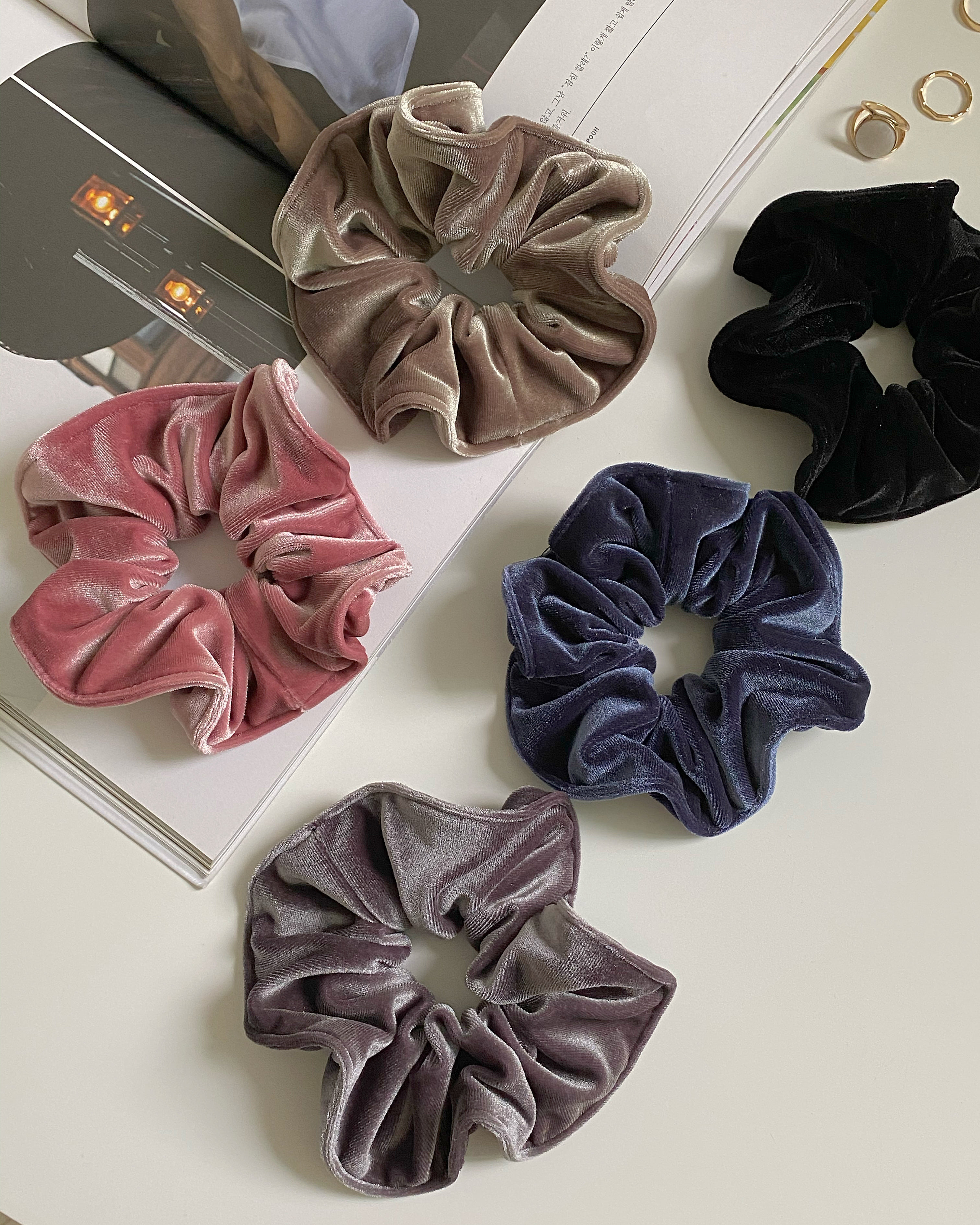velvet scrunchy (5 color)