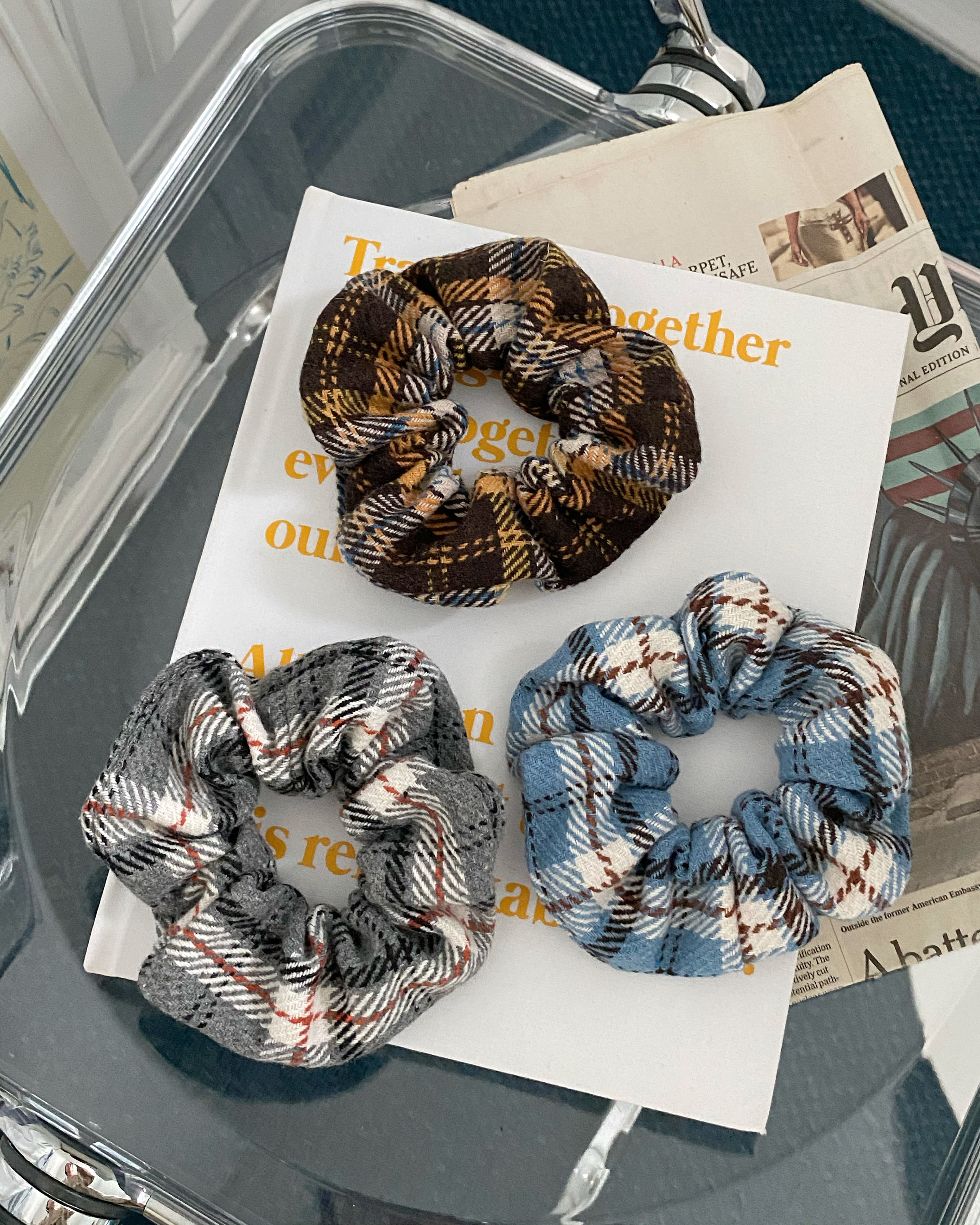 sugar check scrunchy (3 color)